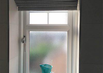 pleated-blinds-bathroom
