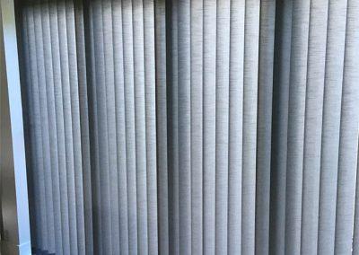 vertical-blinds-lounge